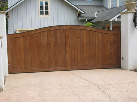 Single driveway gates images for Single wooden driveway gates